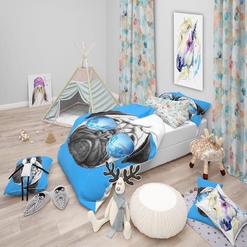 Designart 'Pug Dog with Mirror Sunglasses' Modern & Contemporary Bedding Set - Duvet Cover & Shams
