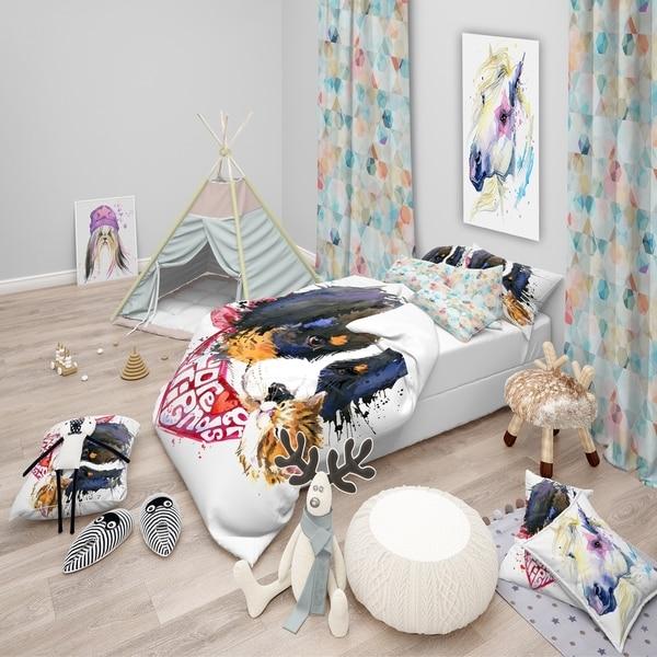 Designart 'Dog and Cat Friends Forever' Modern & Contemporary Bedding Set - Duvet Cover & Shams