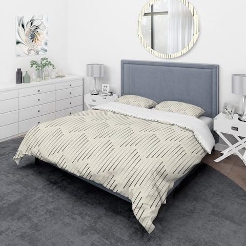 Designart 'Zigzag Background Minimal Striped Design' Scandinavian Bedding Set - Duvet Cover & Shams