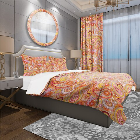 Designart 'Pattern Based on Traditional Asian Elements ' Mid-Century Modern Bedding Set - Duvet Cover & Shams