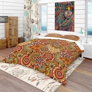 Designart 'Pattern Tile with Mandalas' Bohemian & Eclectic Bedding Set - Duvet Cover & Shams