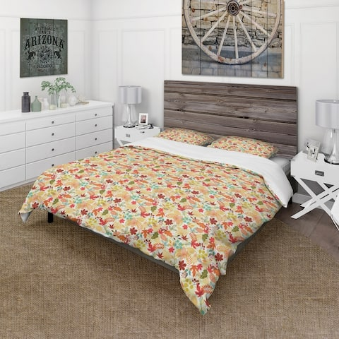 Designart 'Pattern with Stylized Autumn Leaves' Modern & Contemporary Bedding Set - Duvet Cover & Shams