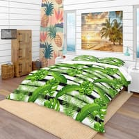 Designart 'Pattern with Tropical Palm Leaves' Tropical Bedding Set - Duvet Cover & Shams