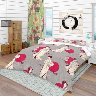 Designart - Traditional Japanese Geisha - Oriental Duvet Cover Set