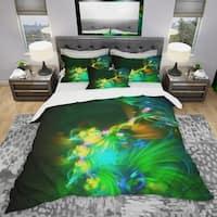 Designart 'Bright Green Fractal Flower in Dark' Modern & Contemporary Bedding Set - Duvet Cover & Shams