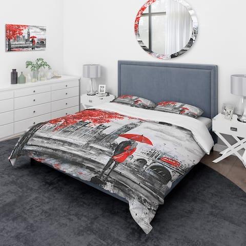 Designart 'Couples Walking in Paris' London UK Bedding Set - Duvet Cover & Shams
