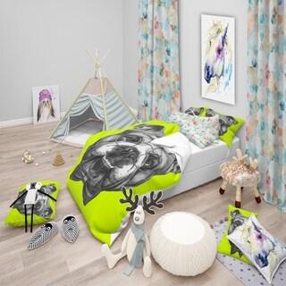 Designart 'English Bulldog with Bow Tie' Modern & Contemporary Bedding Set - Duvet Cover & Shams