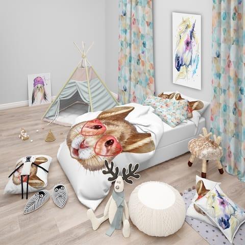 Designart 'Funny Mouse with Heart Glasses' Modern kids Bedding Set - Duvet Cover & Shams