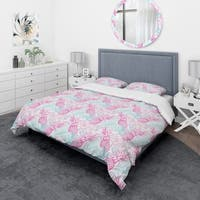 Designart 'Colorful Pattern with Tropical Flowers & Pineapples' Modern & Contemporary Bedding Set - Duvet Cover & Shams