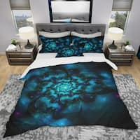 Designart 'Perfect Fractal Flower in Black & Blue' Modern & Contemporary Bedding Set - Duvet Cover & Shams