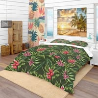 Designart 'Floral Pattern' Tropical Bedding Set - Duvet Cover & Shams