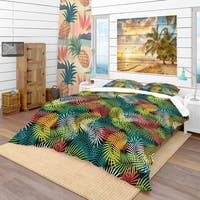 Designart 'Tropical Pattern with Stylized Coconut Palm Leaves' Tropical Bedding Set - Duvet Cover & Shams