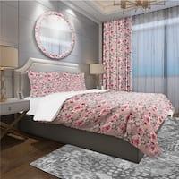 Designart 'Red Rose in Pink Background' Traditional Bedding Set - Duvet Cover & Shams