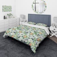 Designart 'Pattern with Flowers' Traditional Bedding Set - Duvet Cover & Shams