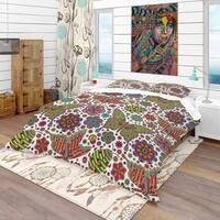 Designart 'Pattern with Flowers & Butterflies' Modern & Contemporary Bedding Set - Duvet Cover & Shams
