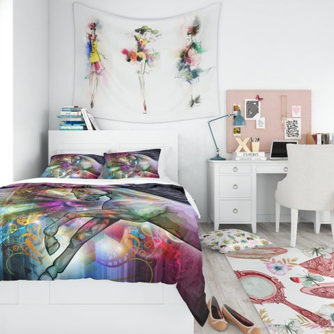 Designart 'Horse Over Colorful Abstract Image' Modern & Contemporary Bedding Set - Duvet Cover & Shams
