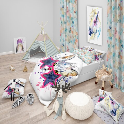 Designart 'Cute Kitten with Blue Stars' Modern & Contemporary Bedding Set - Duvet Cover & Shams