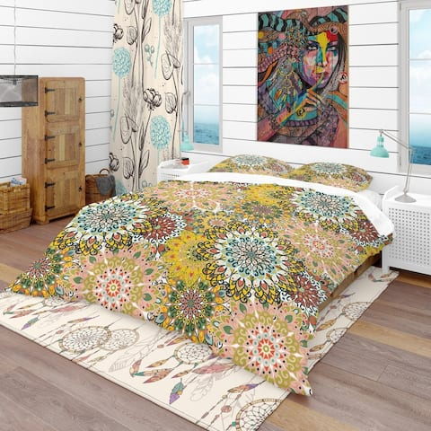 Designart 'Mandala Pattern For Printing on Fabric or Paper' Bohemian & Eclectic Bedding Set - Duvet Cover & Shams