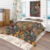 Designart 'Paisley Floral Pattern' Bohemian & Eclectic Bedding Set - Duvet Cover & Shams