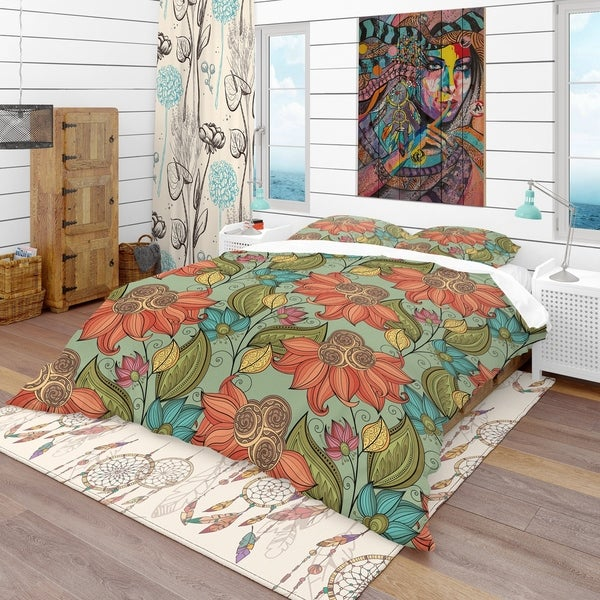Designart 'Colorful Floral Pattern' Bohemian & Eclectic Bedding Set - Duvet Cover & Shams