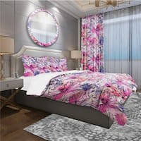 Designart 'Floral Pattern' Modern & Contemporary Bedding Set - Duvet Cover & Shams