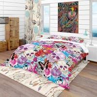 Designart 'Pattern with Hearts, Skulls & Flowers' Bohemian & Eclectic Bedding Set - Duvet Cover & Shams