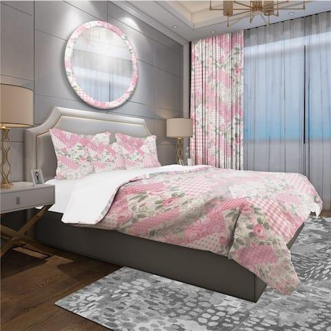 Designart 'Decorative Patchwork Floral Pattern' Patterned Bedding Set - Duvet Cover & Shams