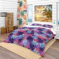Designart 'Tropical Palm Leaves Pattern' Tropical Bedding Set - Duvet Cover & Shams