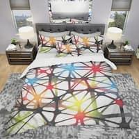 Designart 'Triangular Abstract Black and White Lined 3D Illustration' Modern & Contemporary Bedding Set - Duvet Cover & Shams
