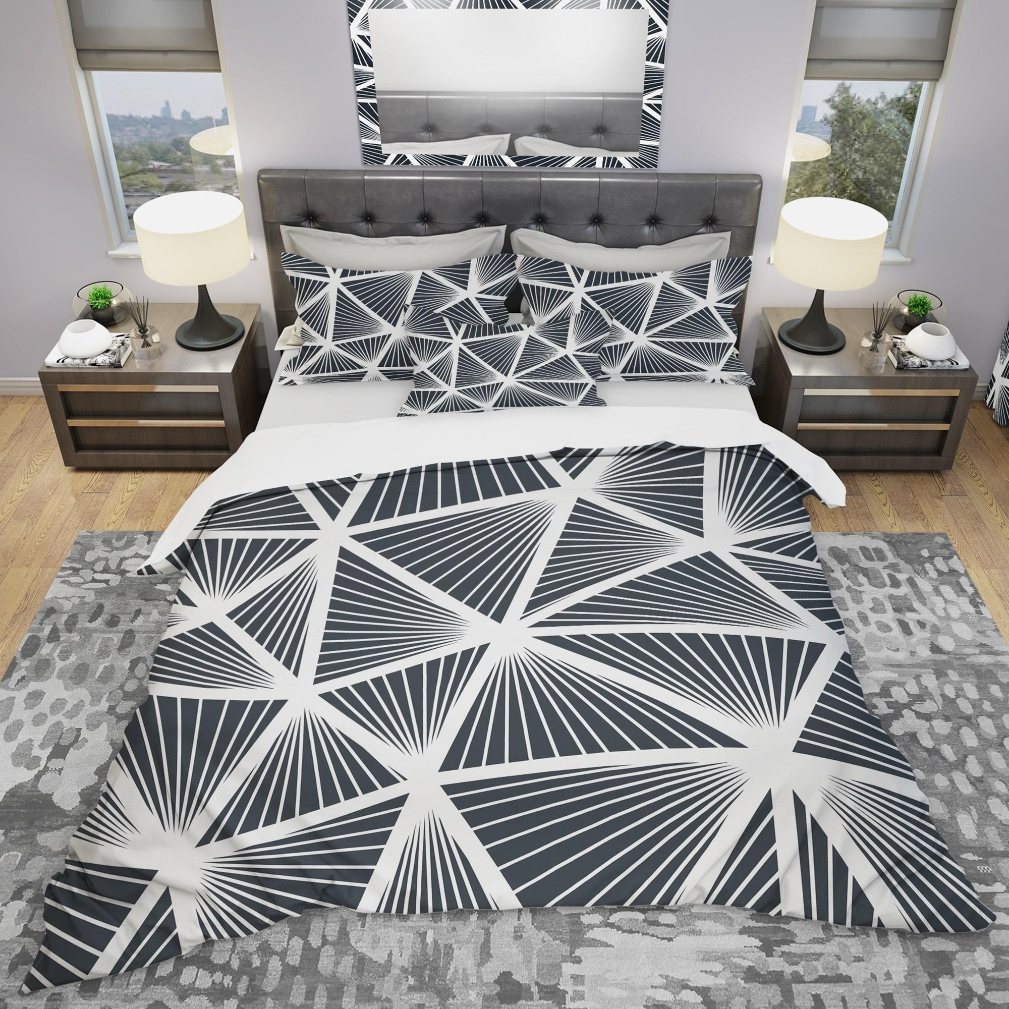 Designart Black White Geometric Decorative Pattern Modern Bedding Set Duvet Cover Shams Overstock 23507273