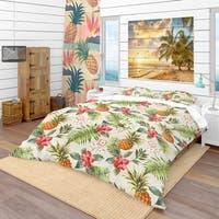 Designart 'Jungle Pineapple Red Flower Pattern' Tropical Bedding Set - Duvet Cover & Shams