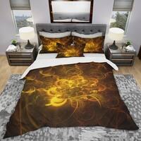 Designart 'Golden Fractal Flower in Dark' Modern & Contemporary Bedding Set - Duvet Cover & Shams