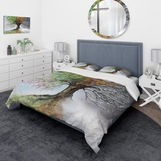 Designart - Tree with Four Seasons - Traditional Duvet Cover Set
