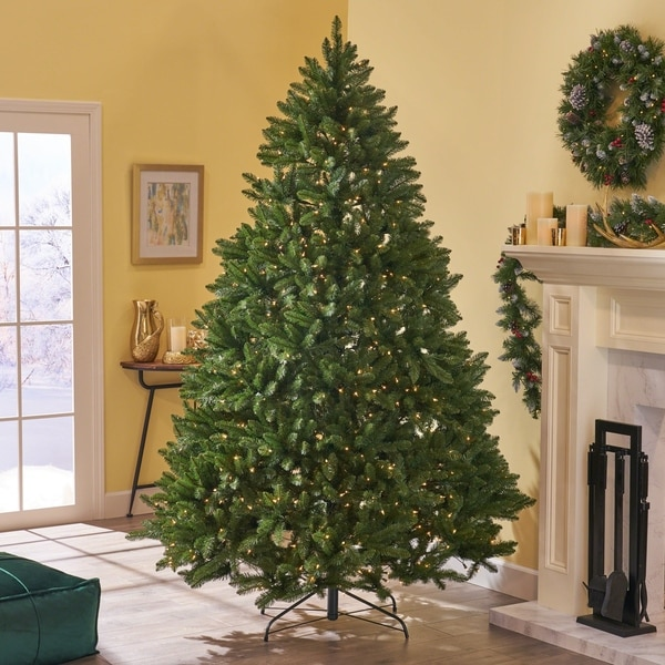 9-ft Norway Spruce Pre-Lit or Unlit Hinged Artificial Christmas Tree by Christopher