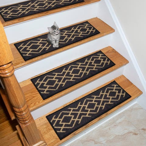 "Ottohome Patterned Non-Slip Pet-Friendly Stair Treads (Set of 7) - 8.5"" x 26"""