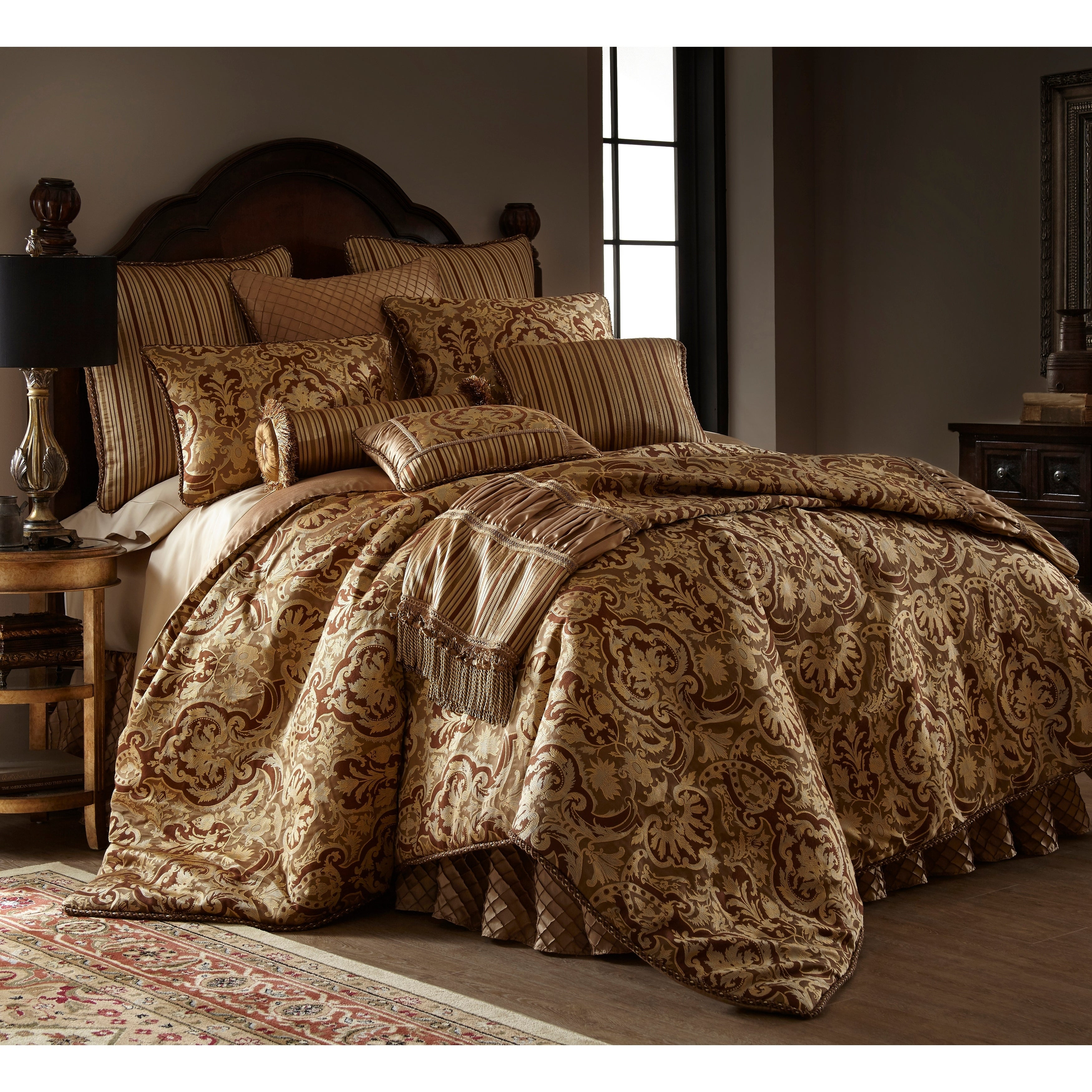 New Luxury 3 Piece Heavy Jacquard Quilted Bedspread Comforter Bed Set