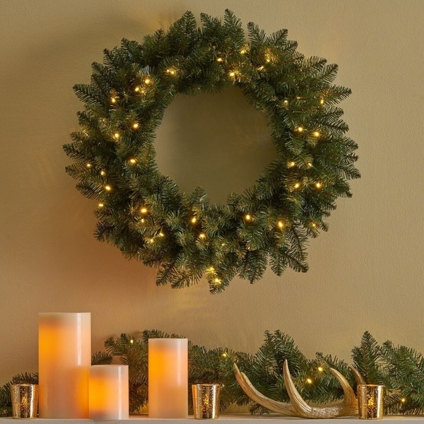 24 dunhill fir christmas wreath w50 warm white led lights battery
