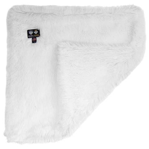 Bessie and Barnie Ultra Plush Snow White Luxury Shag Dog/ Pet Blanket