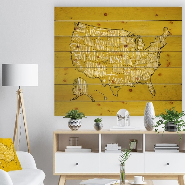 Designart 'United States Yellow Vintage Map' Maps Painting Print on Natural Pine Wood - Multi-color
