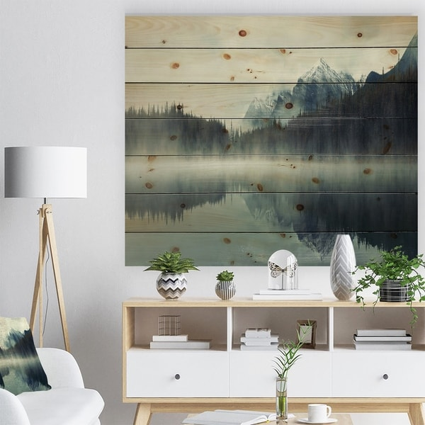 Designart 'Lake Herbert in Foggy Morning' Modern Seascape Print on Natural Pine Wood - Multi-color