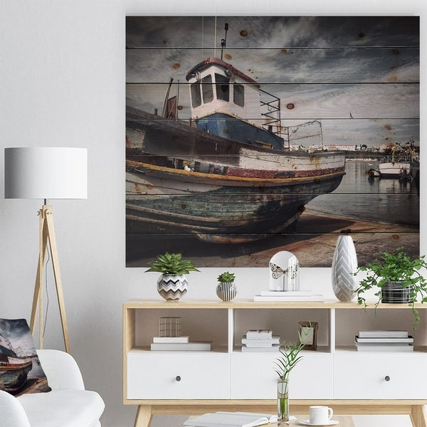 Designart 'Old Fishing Boat' Boat Print on Natural Pine Wood - Multi-color