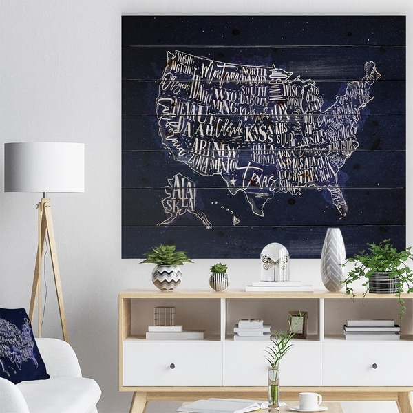 Designart 'United States Blue Vintage Map' Maps Painting Print on Natural Pine Wood