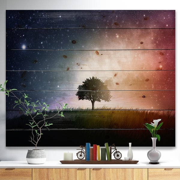 Designart 'Single Tree Space Background' Trees Print on Natural Pine Wood - Green