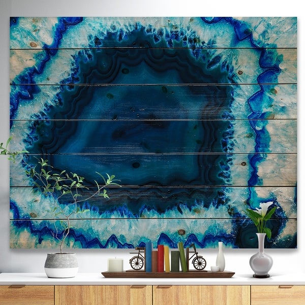 Designart 'Brazilian Thunder Egg' Abstract Print on Natural Pine Wood Print - Blue