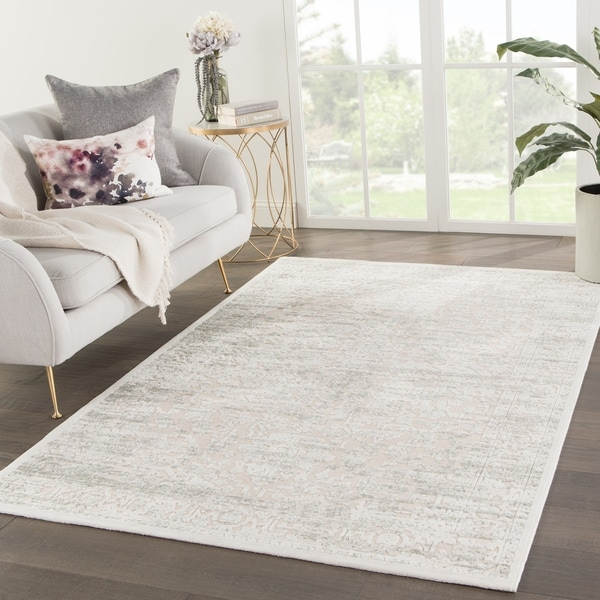 "Lilith Medallion Beige/ Gray/Green Area Rug - 7'6"" x 9'6"""