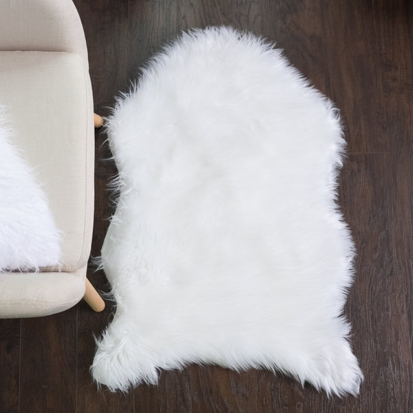 Sweet Home Collection Faux Fur Rug (3'x2') White - 3'x2'