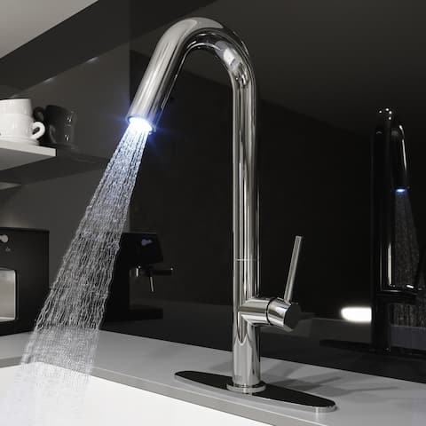 VIGO Oakhurst Chrome LED Pull-Down Kitchen Faucet with Deck Plate