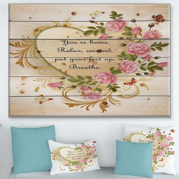 Designart 'A home is nothing without love. Heart of gold and roses' Textual Entrance Art on Wood Wall Art - Green/Red