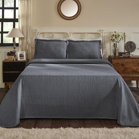 Superior Jacquard Matelasse Fleur-de-lis 3 Piece Queen Size Bedspread Set in Silver (As Is Item)