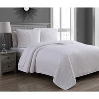 Copper Grove Amelia Twin Size Quilt Set in White (As Is Item)